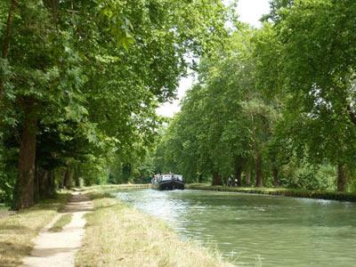 Le long du Canal des Deux-Mers