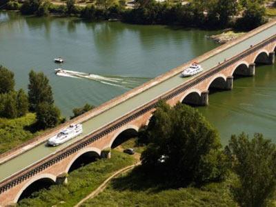 Le pont-canal